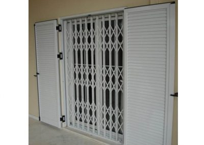 COLAPSIBLE GRILLES